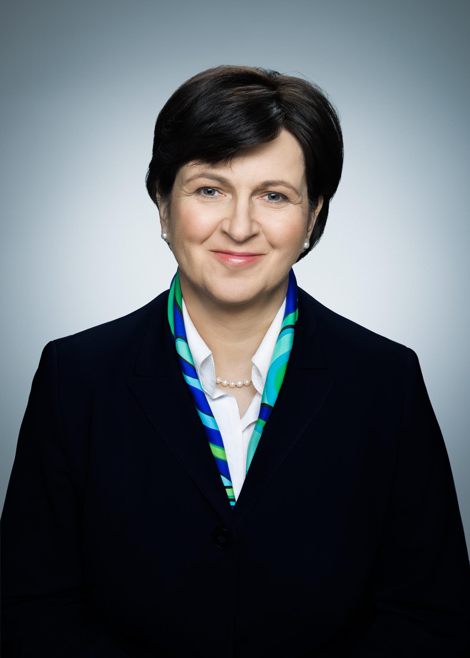 ISM-Marie-Dousova