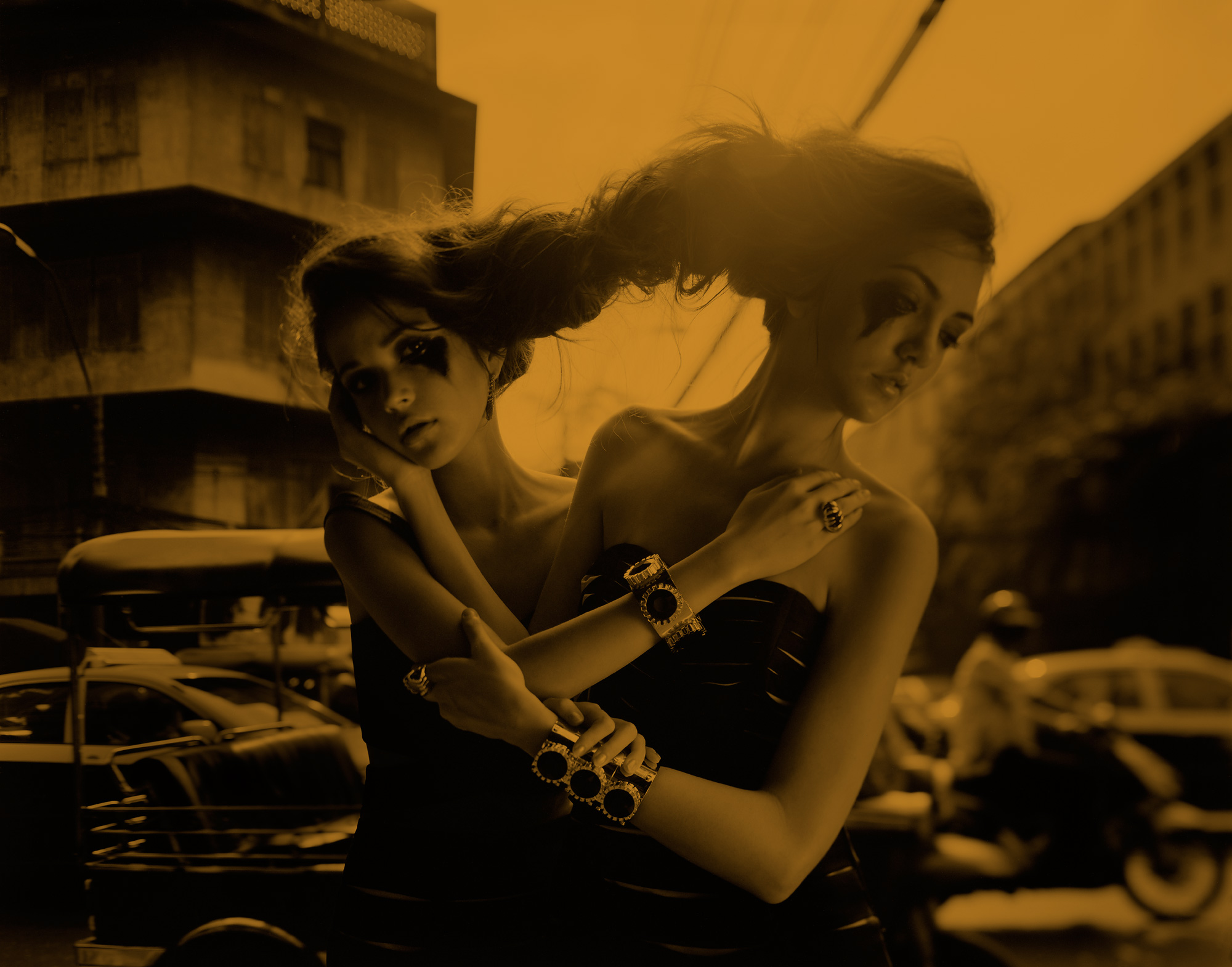 DISAYA-Split-Twins-016
