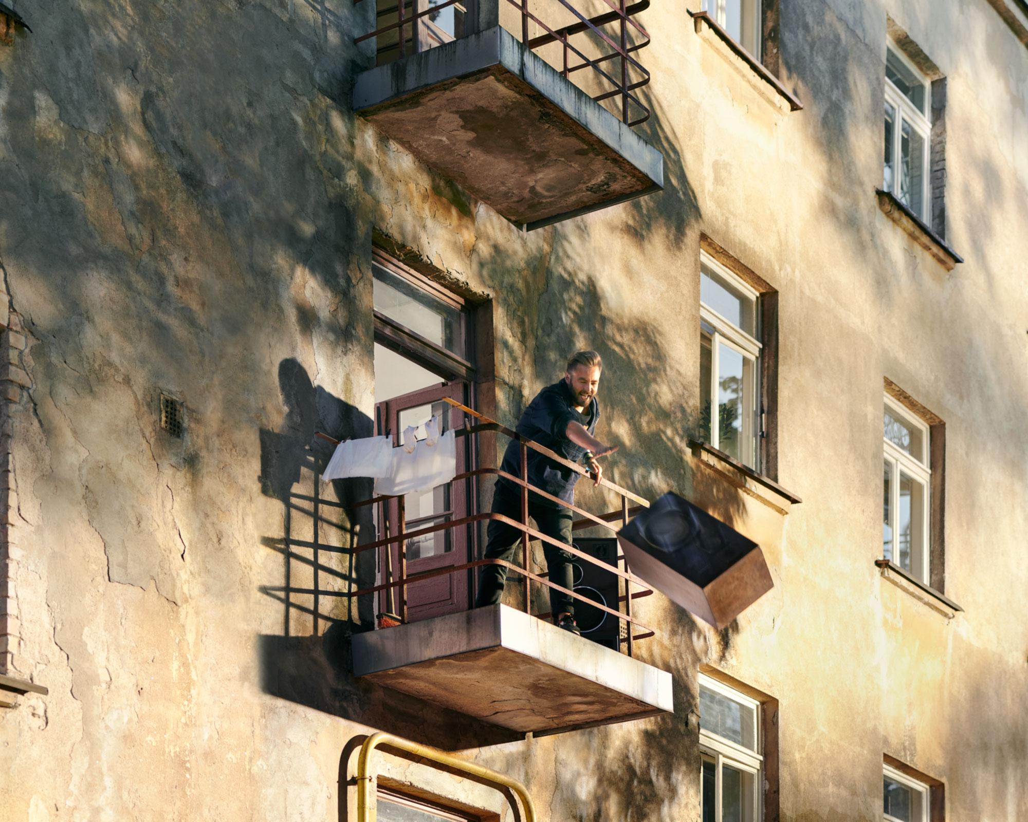 BYO-balcony-web